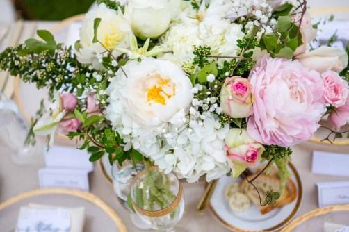 37Flora-Nova-Design-elegant-outdoor-wedding-seattle
