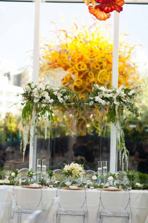 28Flora-Nova-Design-Luxe-Chihuly-Seattle-wedding