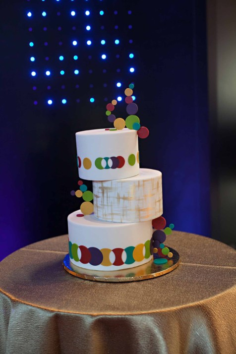 Fun colorful MOHAI wedding Flora Nova Design