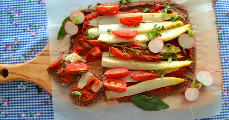 Spargel-Pizza – low carb, vegan und glutenfrei