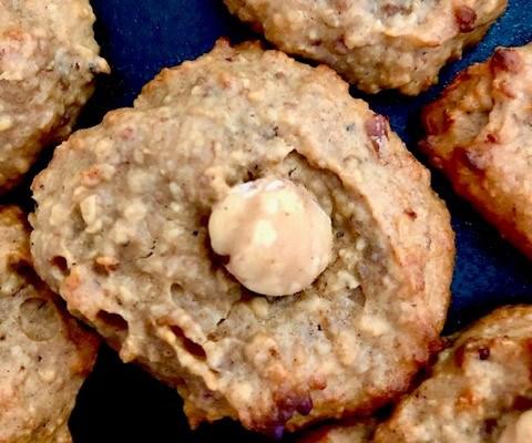 Biscotti di arachidi e datteri