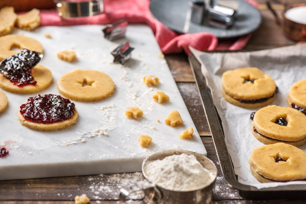 holiday cookie recipes-HelloFresh-linzer-tart
