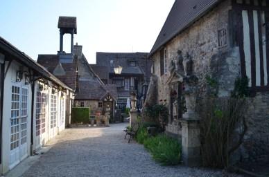 Dives-sur-Mer, village Guillaume-le-Conquérant