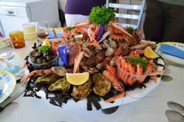Un joli plateau de fruit de mer 😳 On ne va pas se laisser aller non mais....