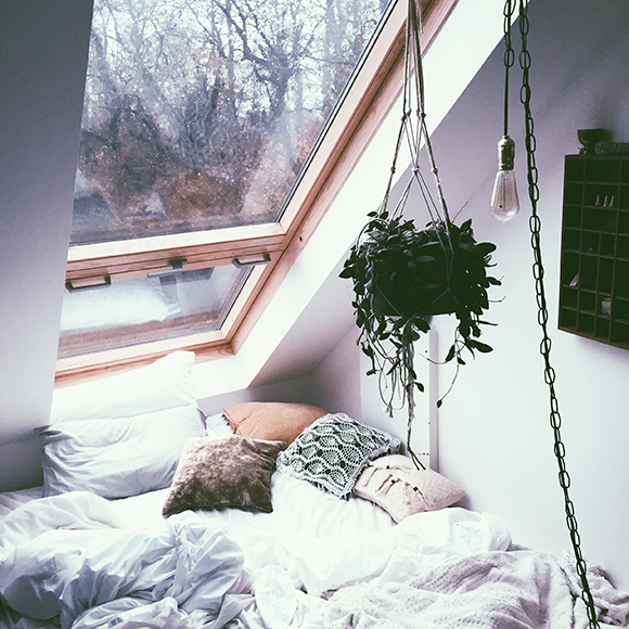 Post image for How to Create a Cozy Sleeping Space