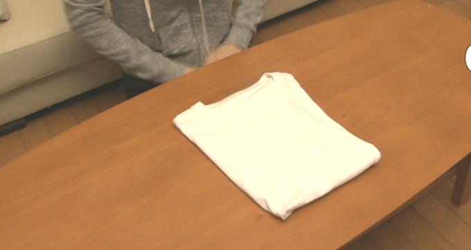 Tシャツのたたみ方7