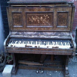 Upright for sale: need redecorating - would suit traveler
