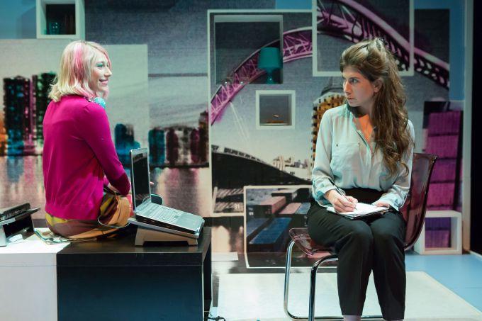 rotterdam-arts-theatre-Alice-McCarthy-Ellie-Morris