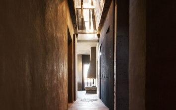 details-hallway