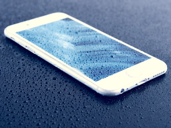how much does it cost to repair an iphone screen