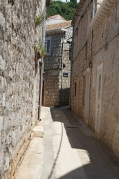 A narrow side street