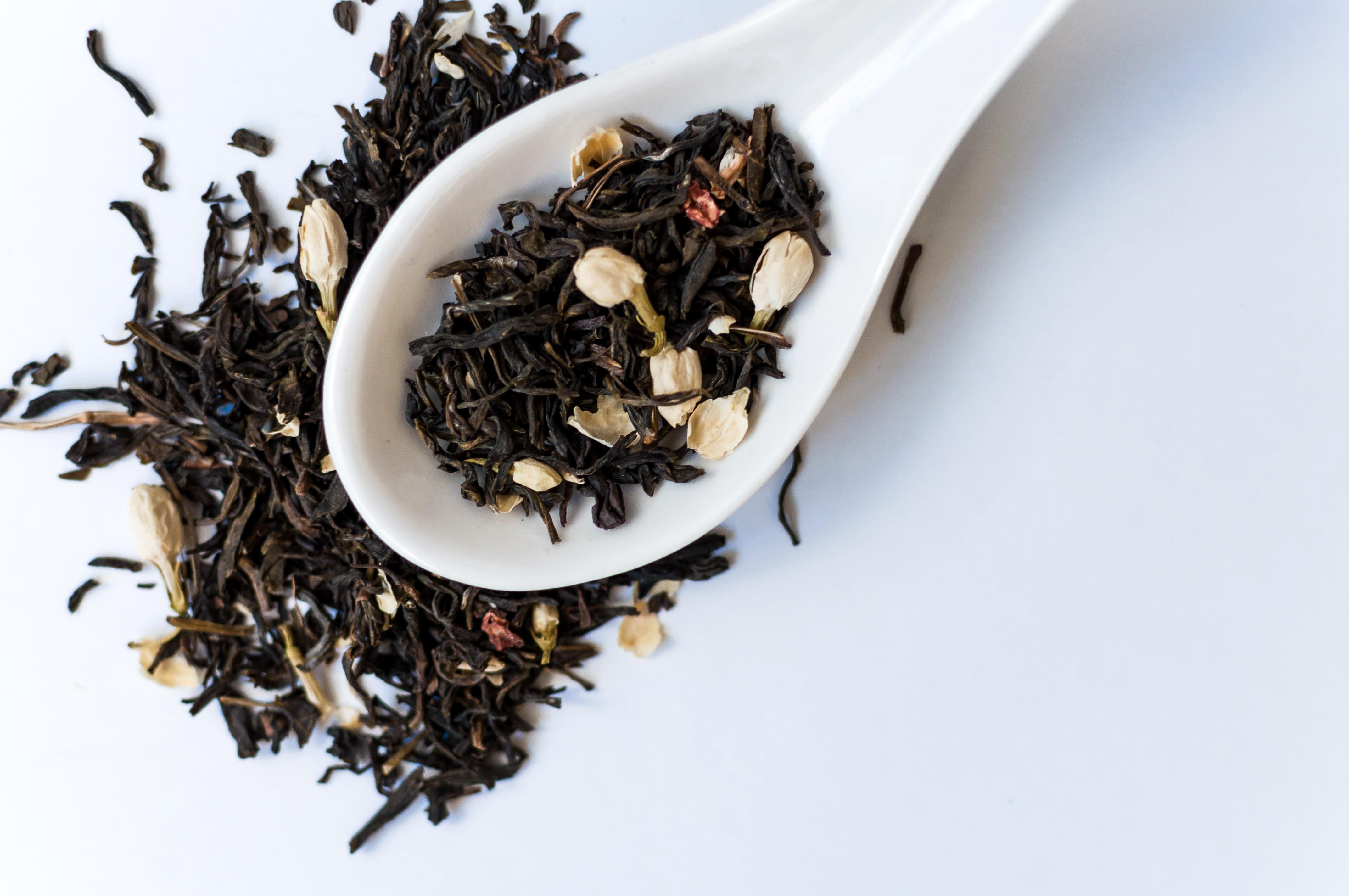 Jasmine Green Tea with Spoon