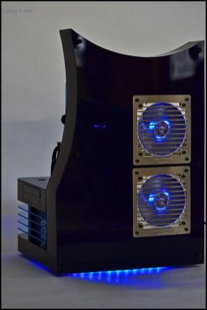 mod-pc-DluXe-black-n-blue-02