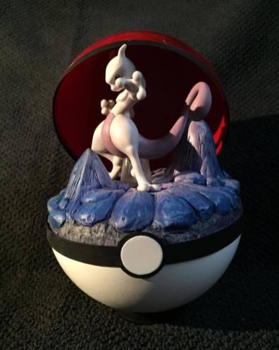 Pokemon Pokeball Draco Queue