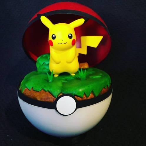 Pokemon Pokeball Pikachu