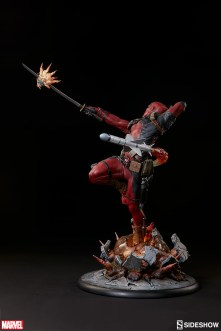 Marvel Deadpool Heat Seeker - Sideshow