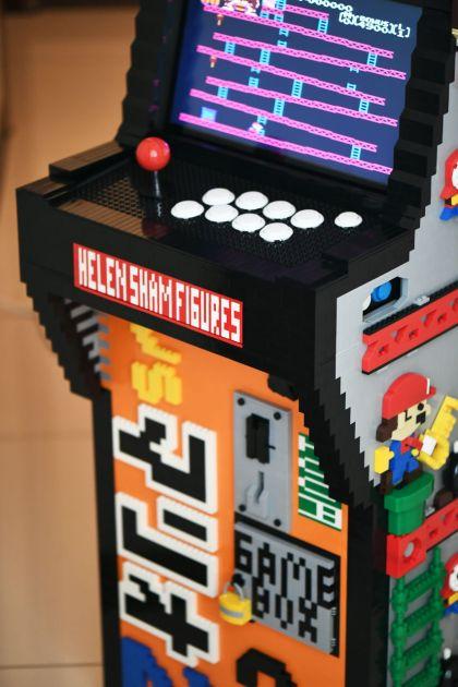 Borne arcade Donkey Kong en LEGO - stick