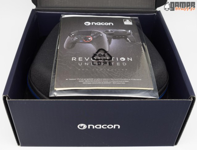 Nacon-Revolution-Unlimited-unboxing-01