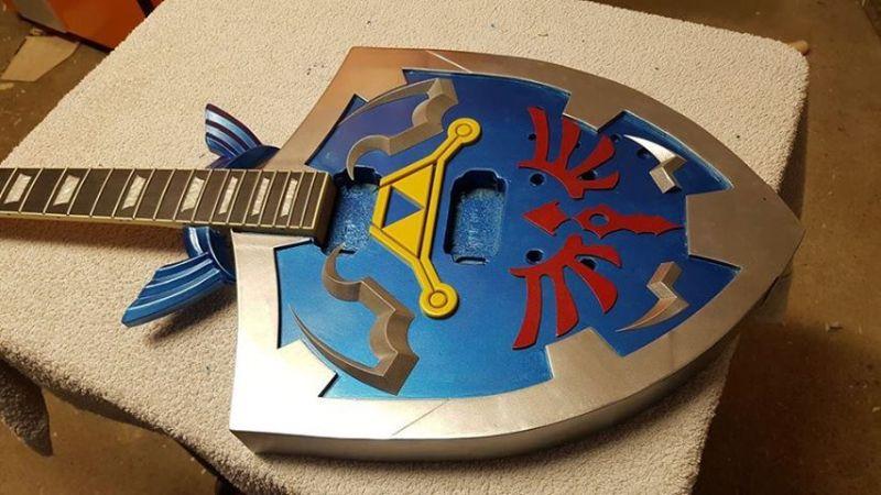 guitare électrique Zelda - Bouclier Hylien