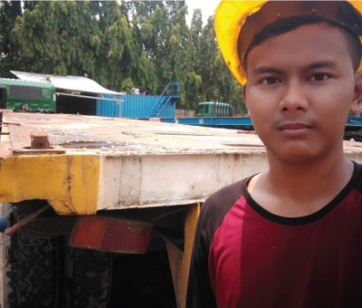 Bantu Jasa Supir Trukita Tetap Menjalankan Aktivitas