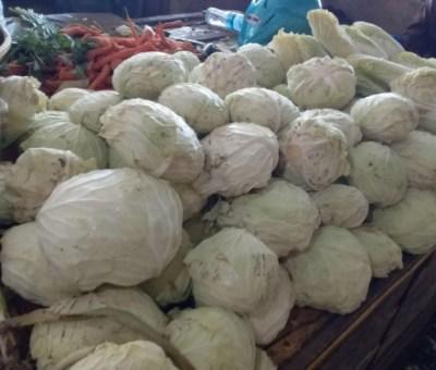 Curahan Hati Penjual Sayur Menghadapi Tatanan Kehidupan Baru