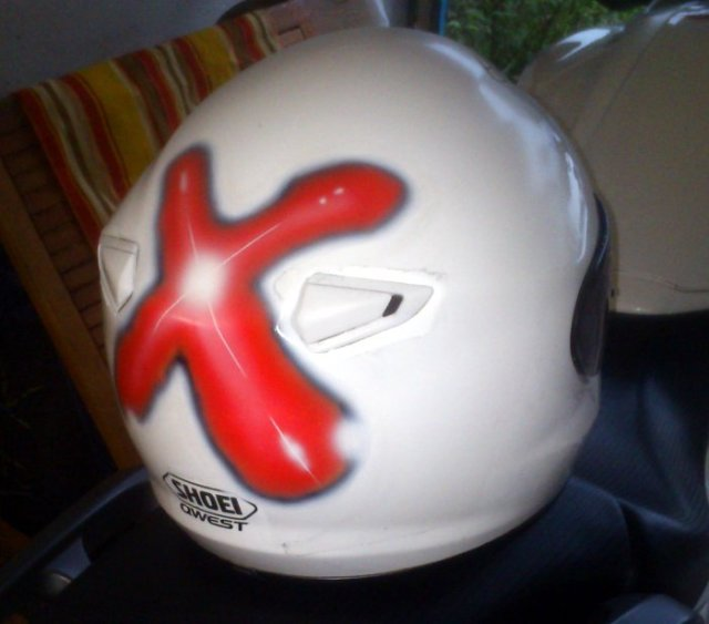 Airbrush Logo Shoei Qwest Helm