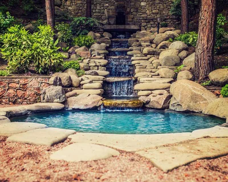 15 Breathtaking Backyard Pond Ideas - Garden Lovers Club on Pond Ideas Backyard id=49329