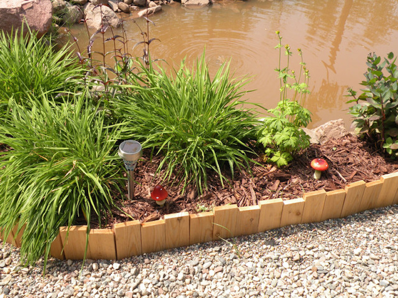 10 Garden Edging Ideas with Wood for an Earthy Garden ... on Wooded Backyard Ideas id=29516