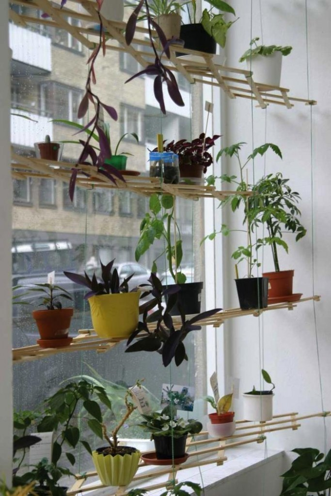 16 Unique Indoor and Outdoor Hanging Planter Ideas ... on Hanging Plant Pots Indoor  id=41801