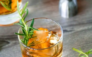 rosemary old fashioned fall cocktail