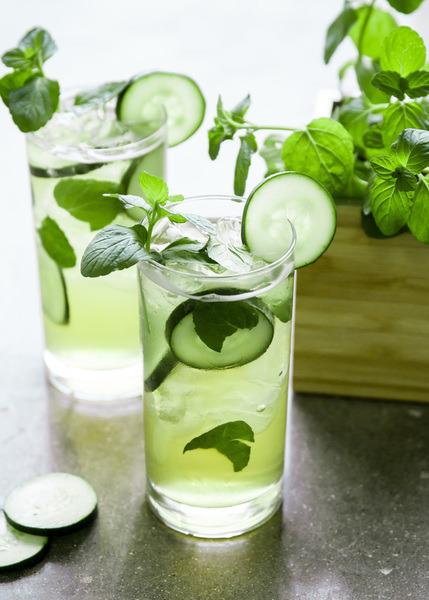 gin and cucumbers