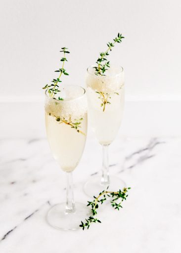 Cocktails with herbs