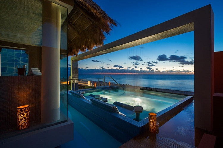 hard-rock-hotel-cancun-spa-pool1
