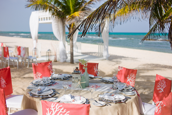 coastal-reception-table