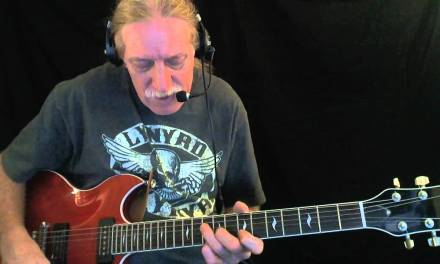 "How to Play ""Everyday I Have the Blues"" – Blues Guitar Lesson"