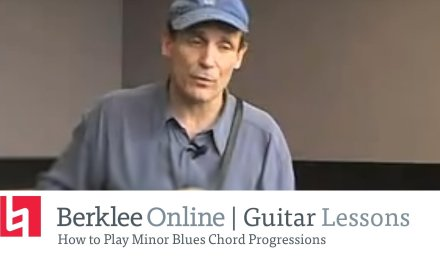 How to Play Minor Blues Guitar Chord Progressions