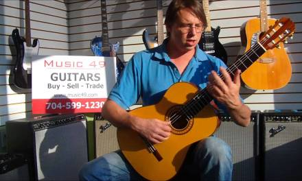 A Classical Guitar Lesson with Christian Loebs