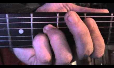 How to Play the Walk Of Life Riff