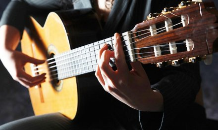 How to Play Vibrato | Fingerstyle Guitar