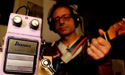 How to Use a Chorus Pedal – Play-Along Guitar Lesson