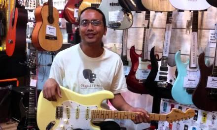 Az Samad at Drumstore, Paradigm Mall, Petaling Jaya