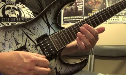 Pentatonic Scale Guitar Lesson: Spicing up the Pentatonic Scale | Guitar Control