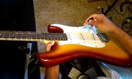 Electric guitar playing lesson for beginners – learn simple and basic chords