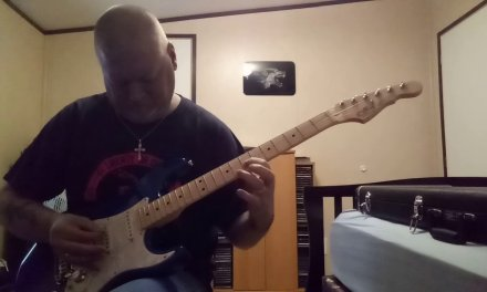 Guitar Lesson …pentatonic scale with Blue Man