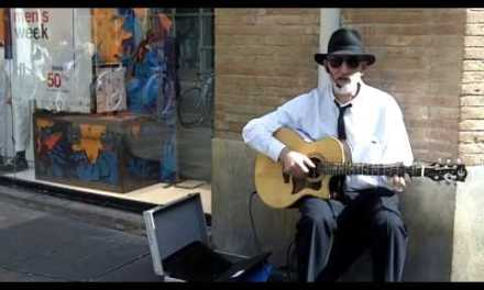 Acoustic Blues Guitar – Live From The City Streets – Candy Man