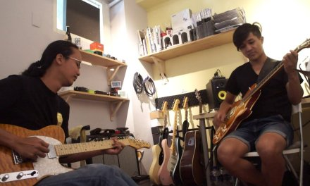 Az Samad & Wico Weng – Blues Guitar Jam