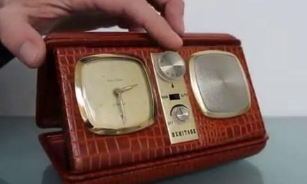HERITAGE Alarm Mantel Clock Radio Vintage Snake Leather Manual Shelf