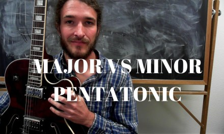 What is the difference between major and minor pentatonic scales on guitar?