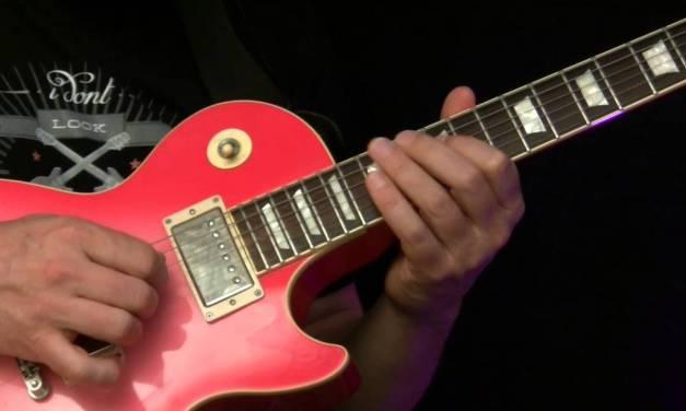 Guitar Lesson – Suzie Q ( Riff & Lead 60s Style )