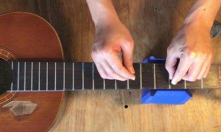 Guitar Repair -Restoring The Fingerboard Of A 30 Year Old Guitar